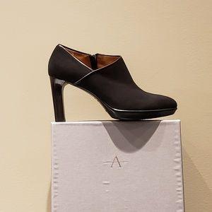 Aquatalia Rosia Black Suede/Calf High Heels Black
